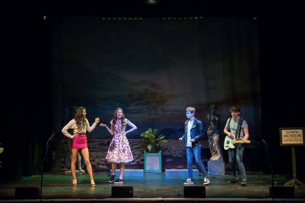 stoke-college-suffolk-all-shook-up-1